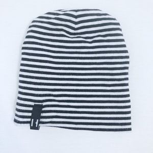 Beau Hudson black and white stripe newborn beanie